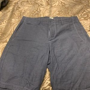 Slightly used men's Gap shorts